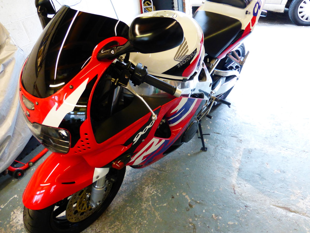 Honda Fire Blade Immaculate Condition 1997 For Sale (picture 4 of 6)