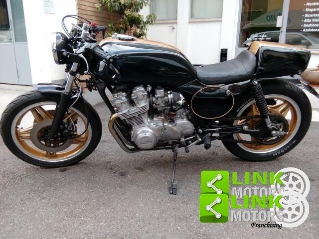 1981 Honda CB 750 RC 04-E completamente restaurata For Sale (picture 2 of 6)