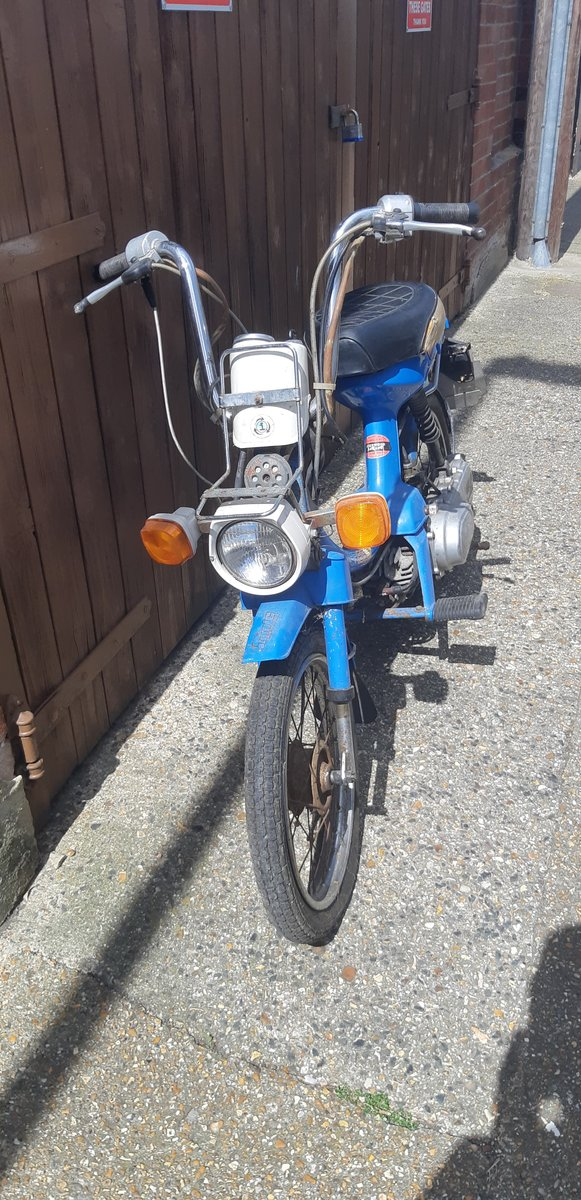1980 Honda Express 50cc Classic twist and go 2 stroke moped For Sale (picture 4 of 5)