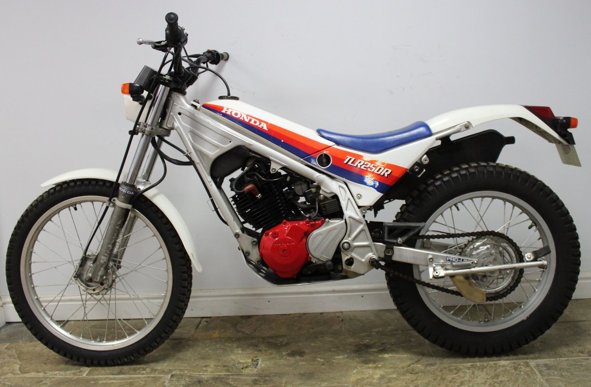1985 Honda TLR 250 R Trials Bike  , Road registered with V5C For Sale (picture 5 of 6)