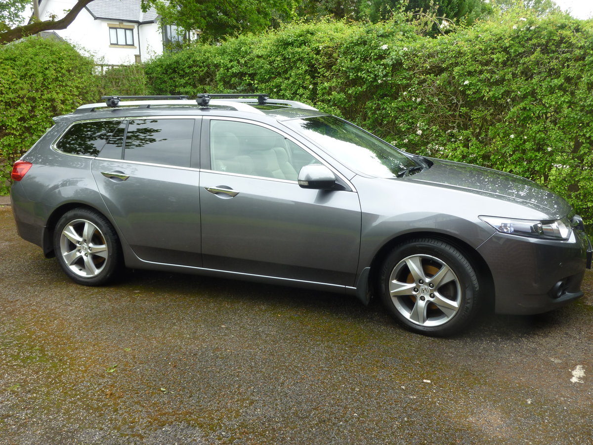 2012 Honda Accord EX i-DTEC Very Rare Specification  For Sale (picture 3 of 6)