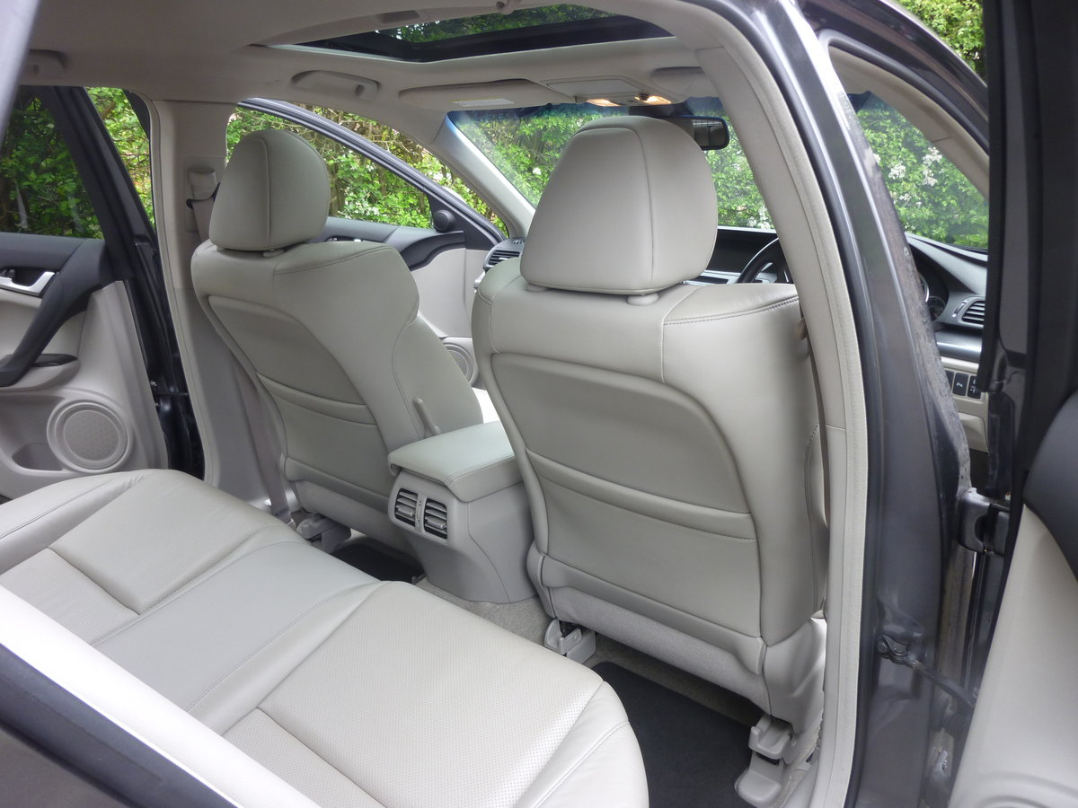 2012 Honda Accord EX i-DTEC Very Rare Specification  For Sale (picture 5 of 6)