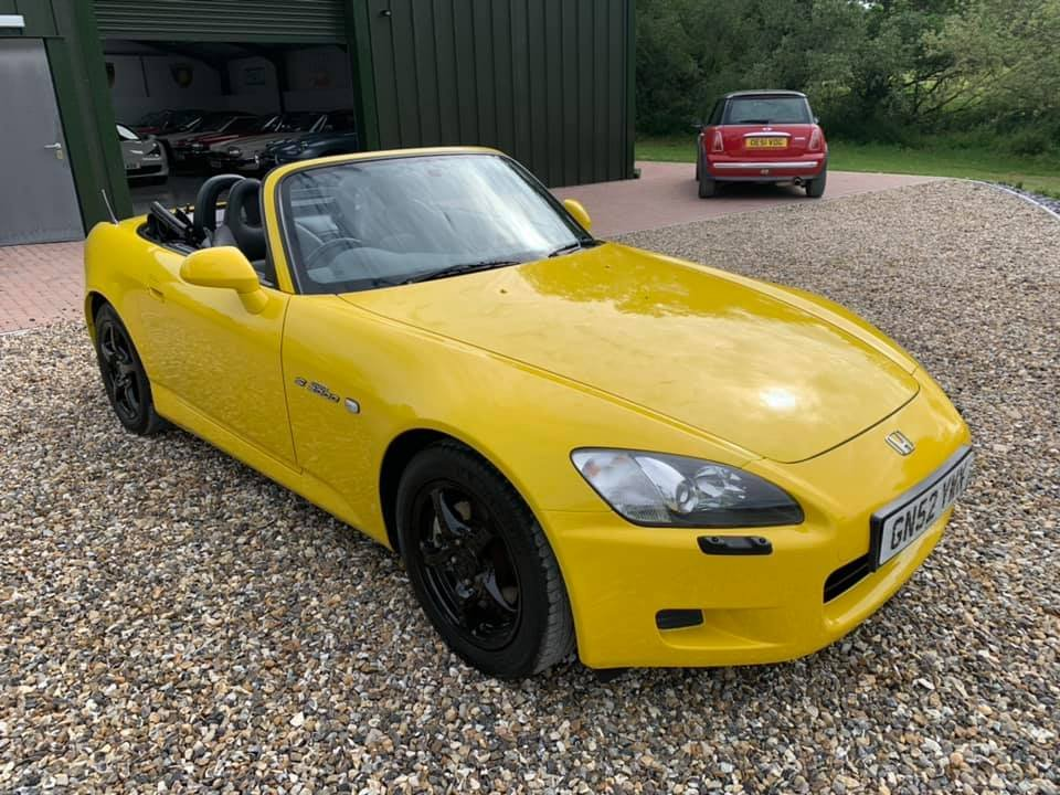2002 VERY  RARE  COLOUR  JUST 1  OWNER  SINCE 4  MONTHS  UK  CAR  For Sale (picture 1 of 6)