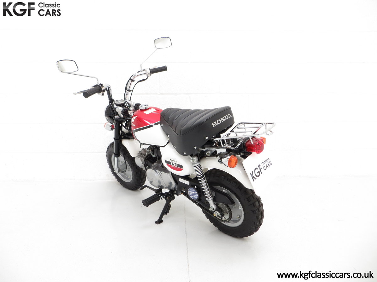 2004 Captain Slow AKA James May's Honda Z50 Monkey Bike For Sale (picture 4 of 6)