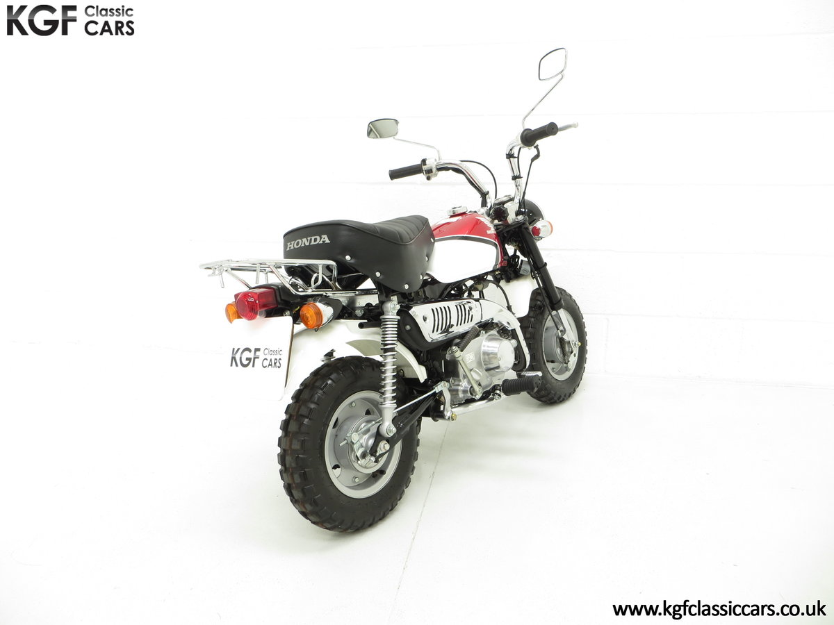 2004 Captain Slow AKA James May's Honda Z50 Monkey Bike For Sale (picture 5 of 6)