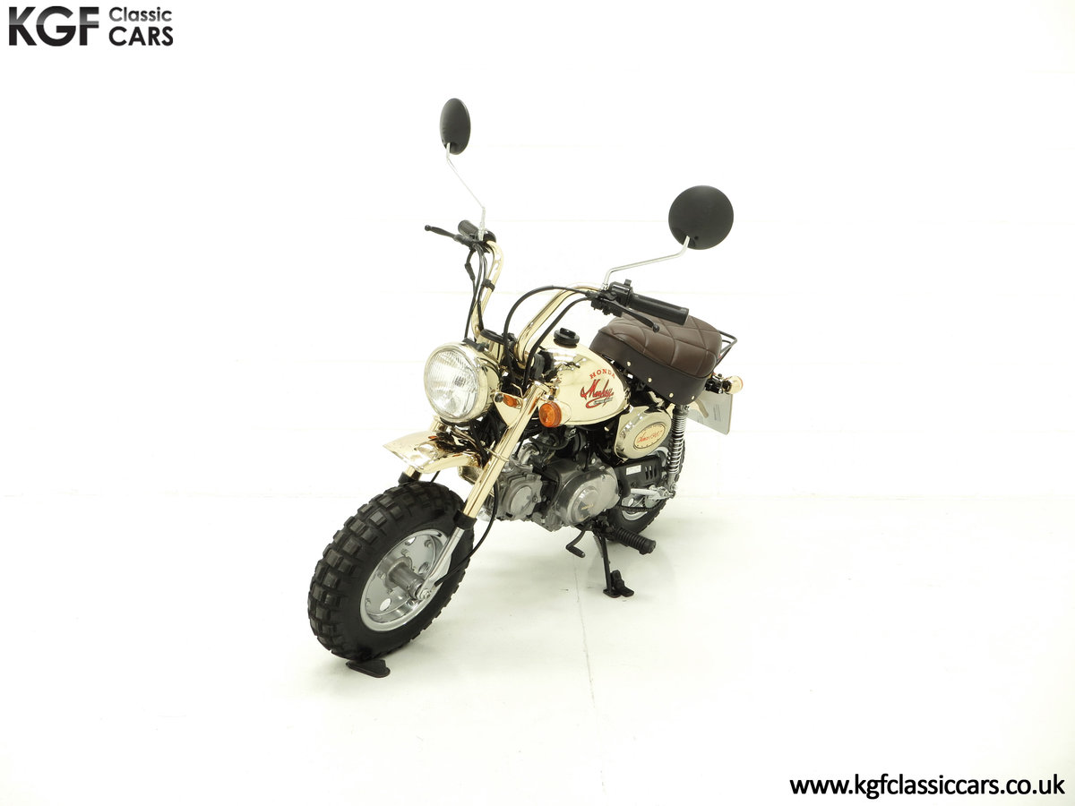 1985 A Collectors Honda Z50JF Monkey Bike Gold Limited Edition SOLD (picture 2 of 6)