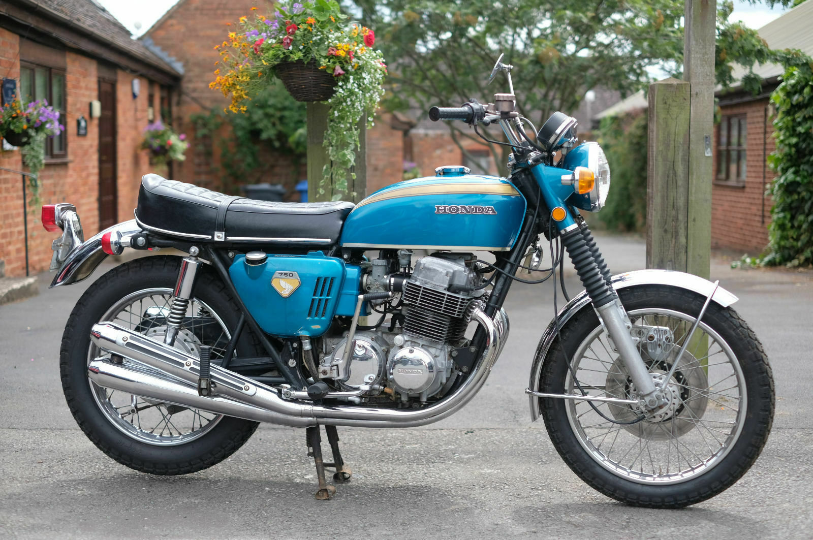 Honda CB750 CB 750 Sandcast May 1969 - Un-restored - All Cor For Sale (picture 1 of 6)