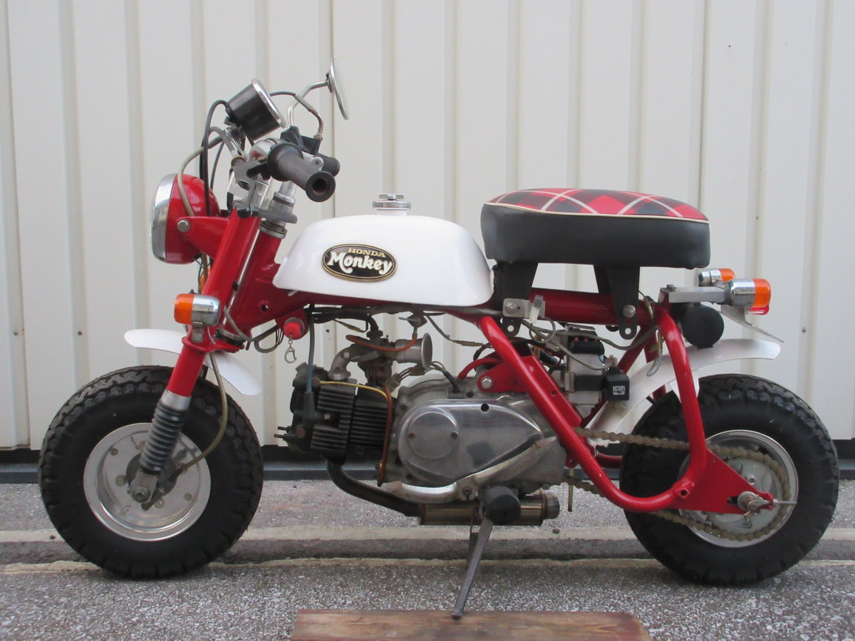 1968 Honda monkey super custom For Sale (picture 1 of 6)