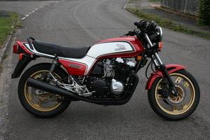 1983 Honda CB1100F bol d'or