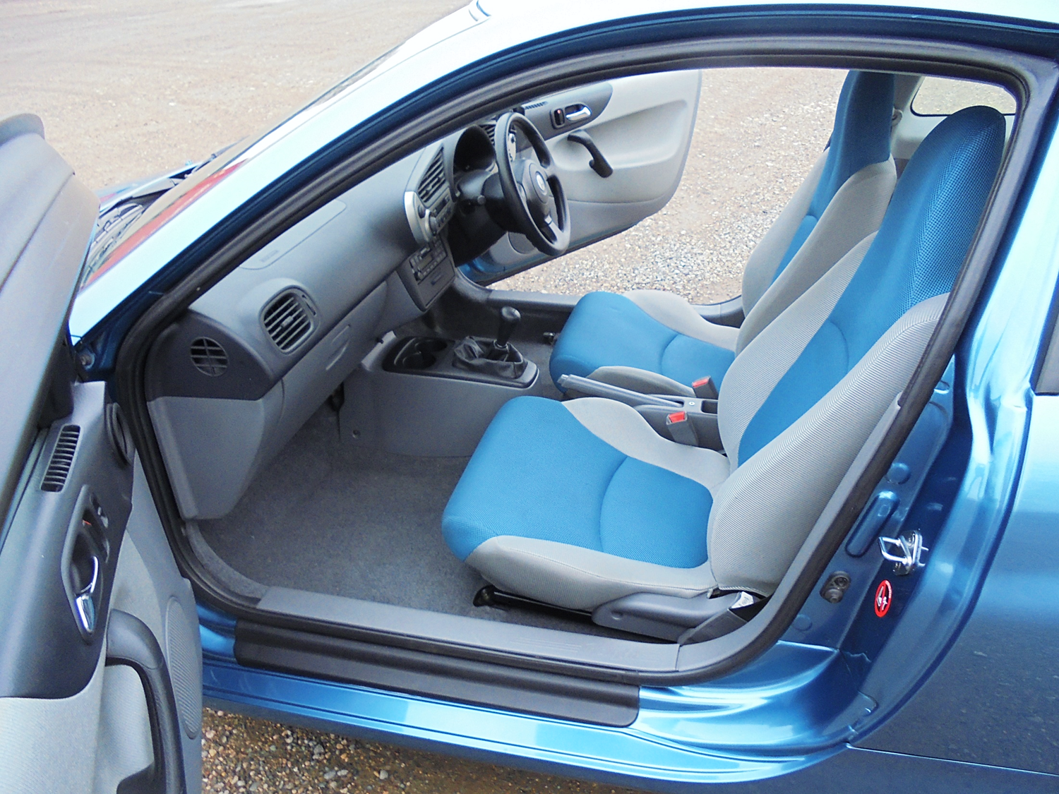 Honda Insight Ze 1 2002 Hybrid Blue For Sale (picture 5 of 6)