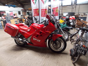 1989 VFR 750F - Barons Tuesday 16th July 2019 SOLD by Auction