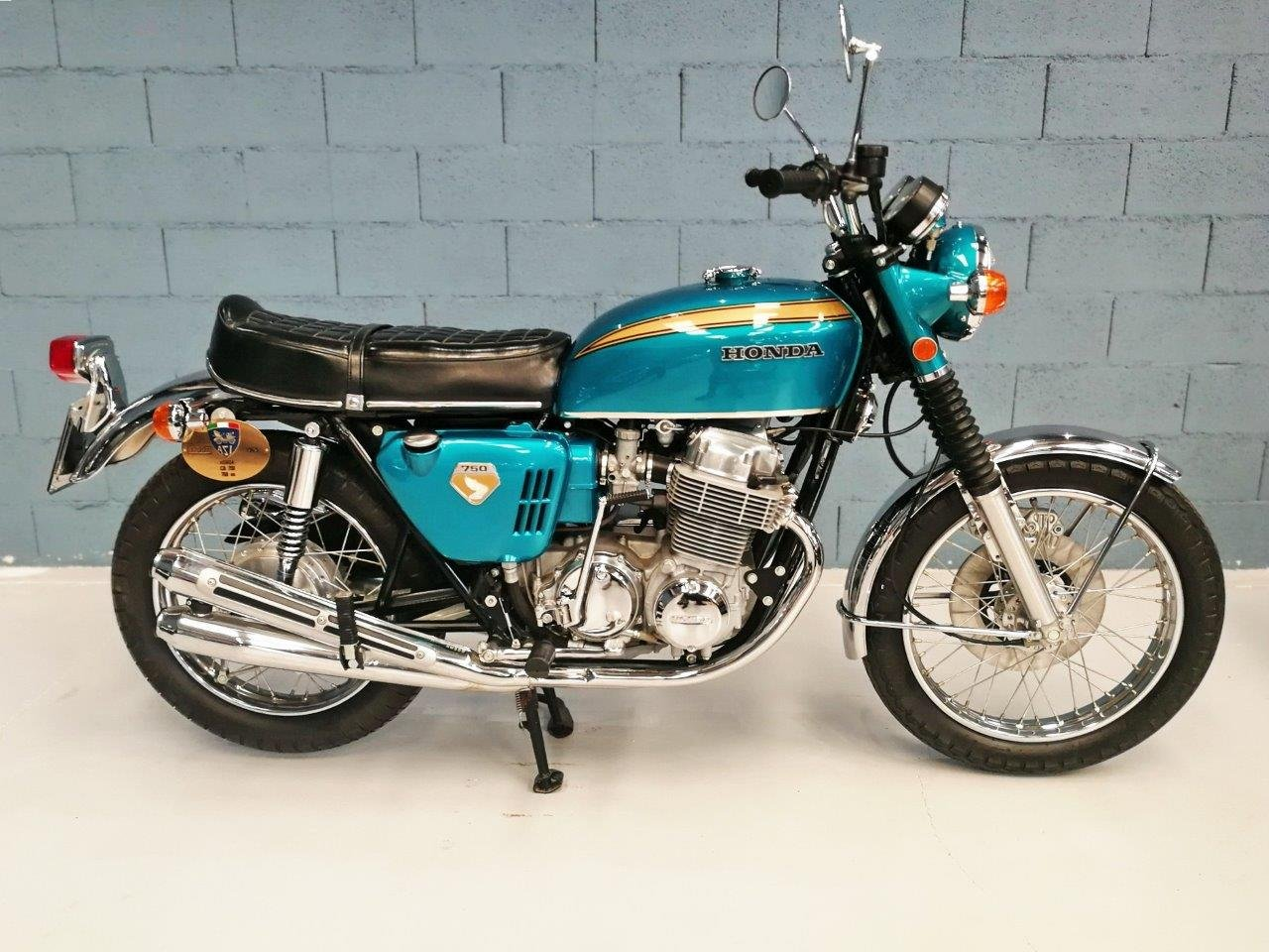 1969 HONDA CB 750  SANDCAST REMANUFACTURED BY WORLDMOTORCYCLES.CO For Sale (picture 1 of 6)