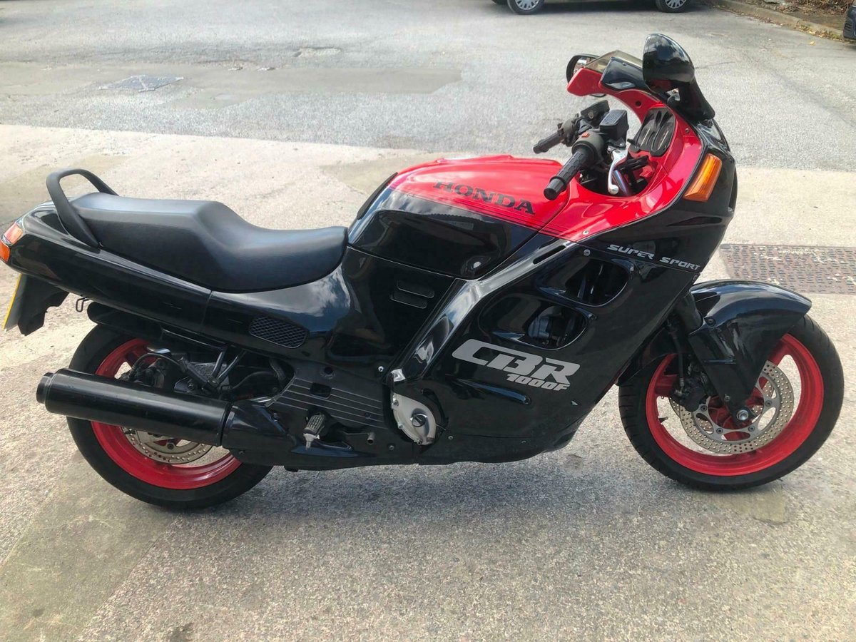 HONDA CBR 1000F SUPER SPORT 1988 STOCK CLEARANCE For Sale (picture 2 of 6)