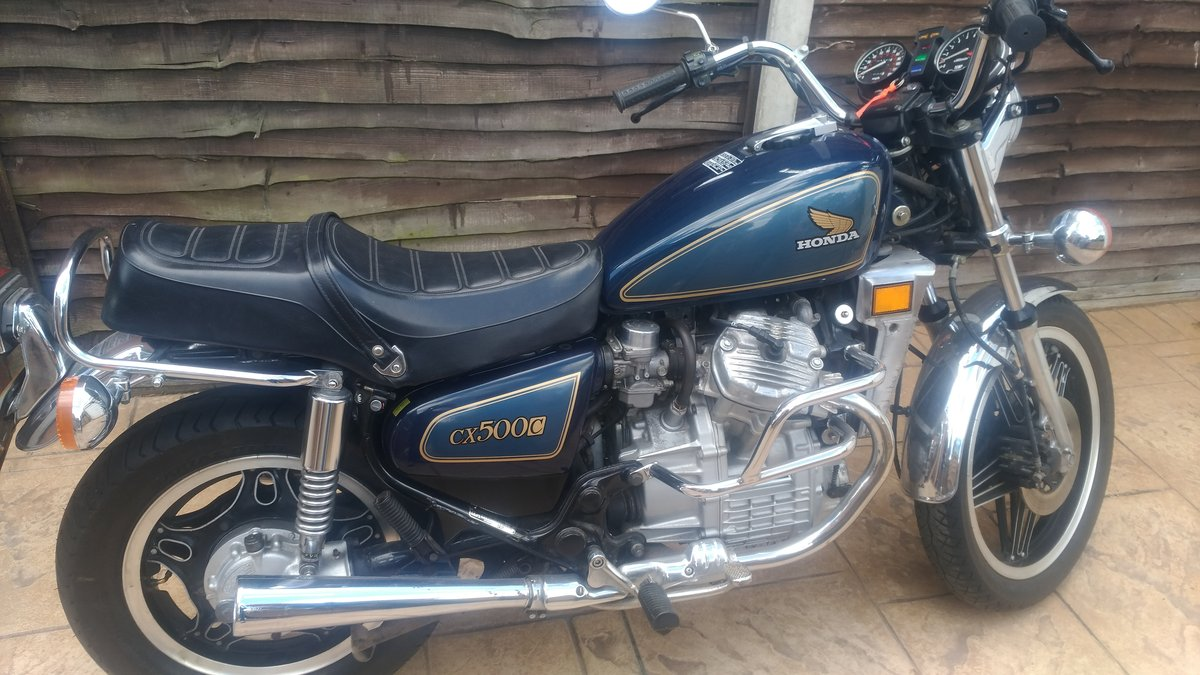 1983 CX500 Custom in blue 3,400 dry miles For Sale (picture 1 of 3)