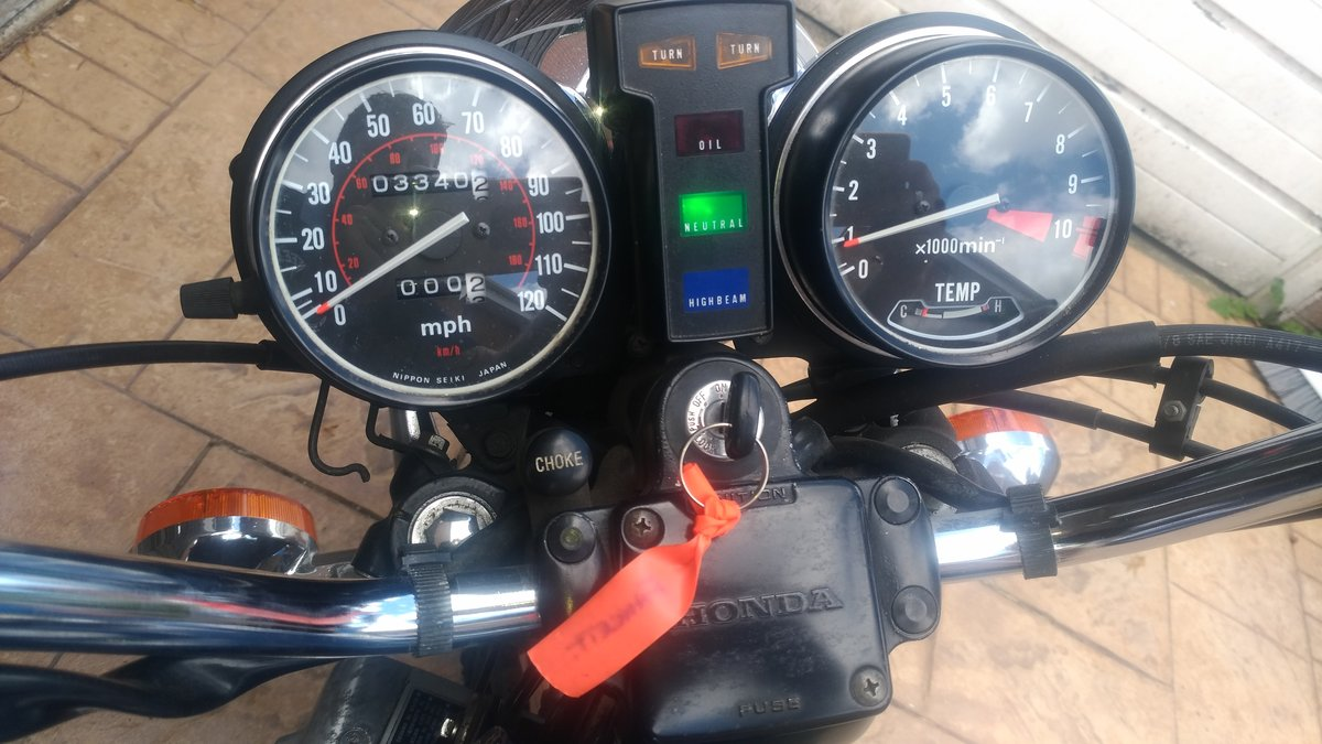 1983 CX500 Custom in blue 3,400 dry miles For Sale (picture 2 of 3)