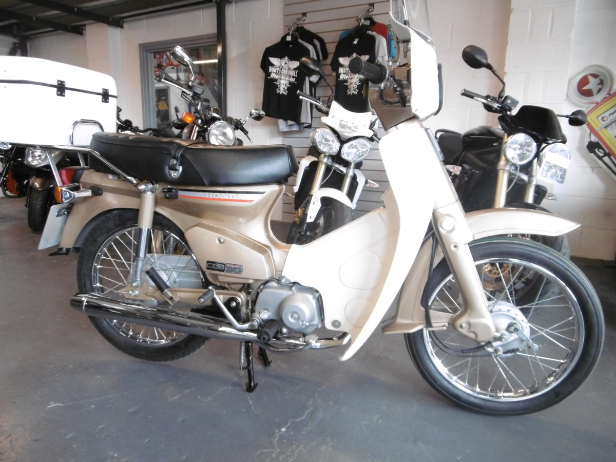 1985 Honda C90 Stunning 1100 miles Timewarp scooter  For Sale (picture 1 of 6)