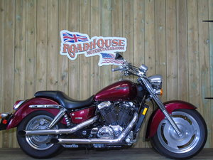 2007 Honda VT 1100 Sabre Shadow Only 5300 Miles From New For Sale