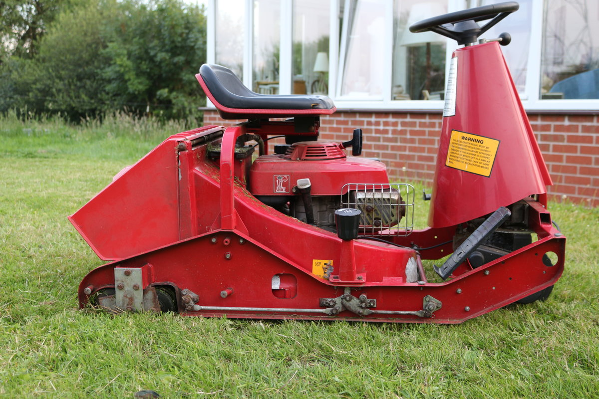 Honda Dynamow zero turn classic mower For Sale (picture 1 of 5)