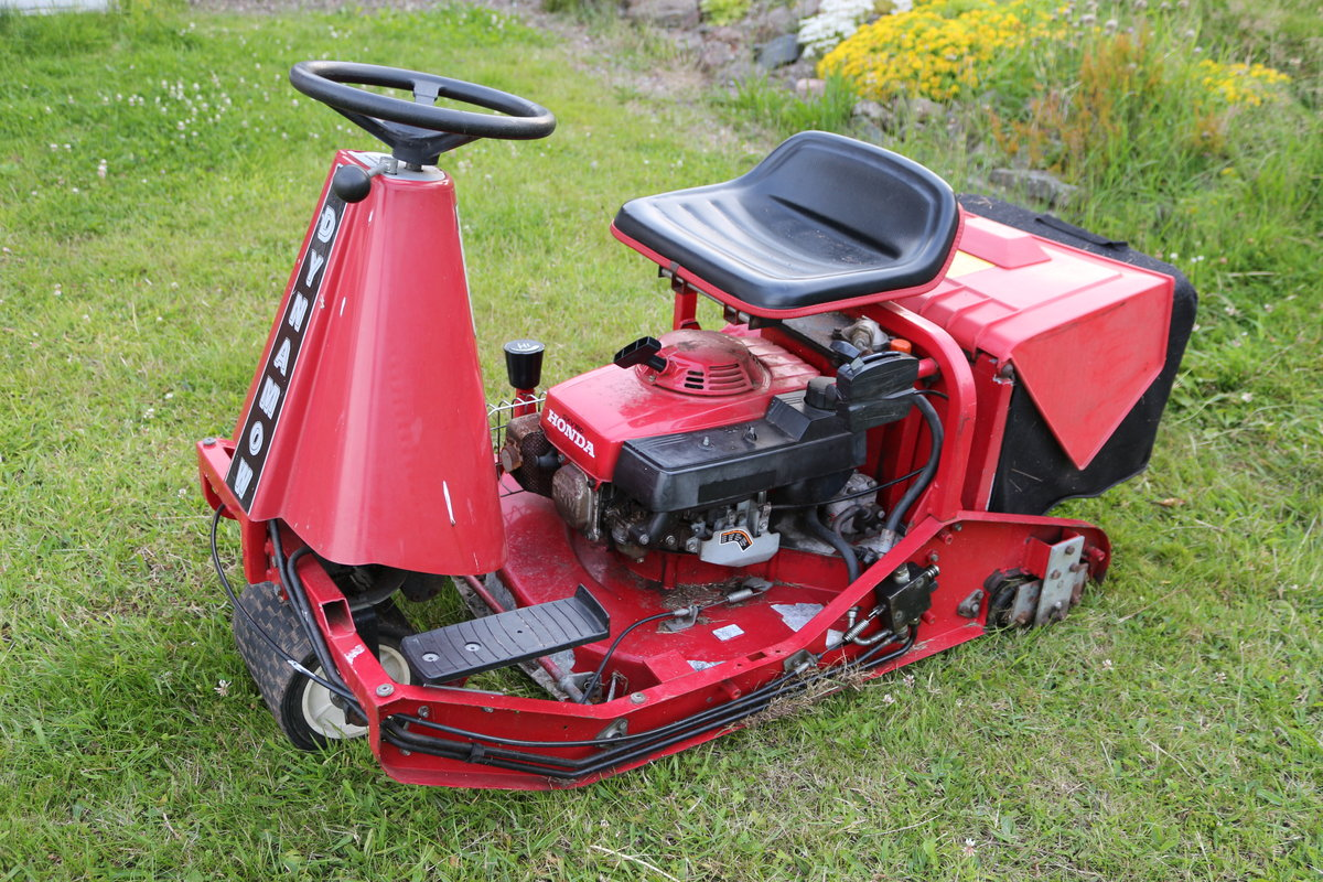 Honda Dynamow zero turn classic mower For Sale (picture 5 of 5)