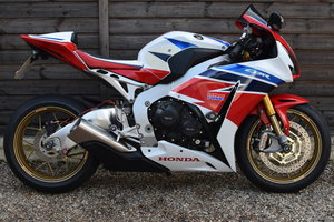 Honda CBR1000RR Fireblade SP (2 owners, 6300 miles) 2014 14  For Sale