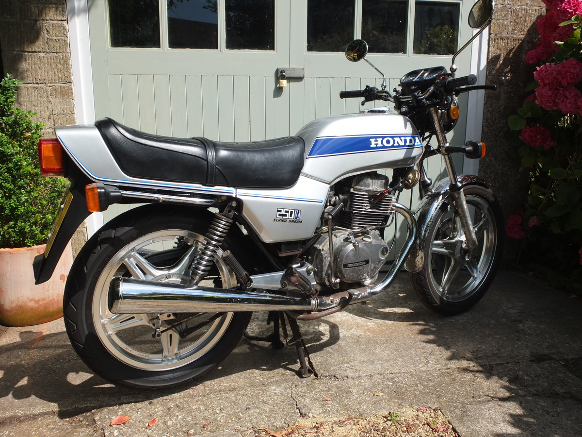 1979 Honda CB250 N Superdream Time Capsule SOLD (picture 1 of 6)