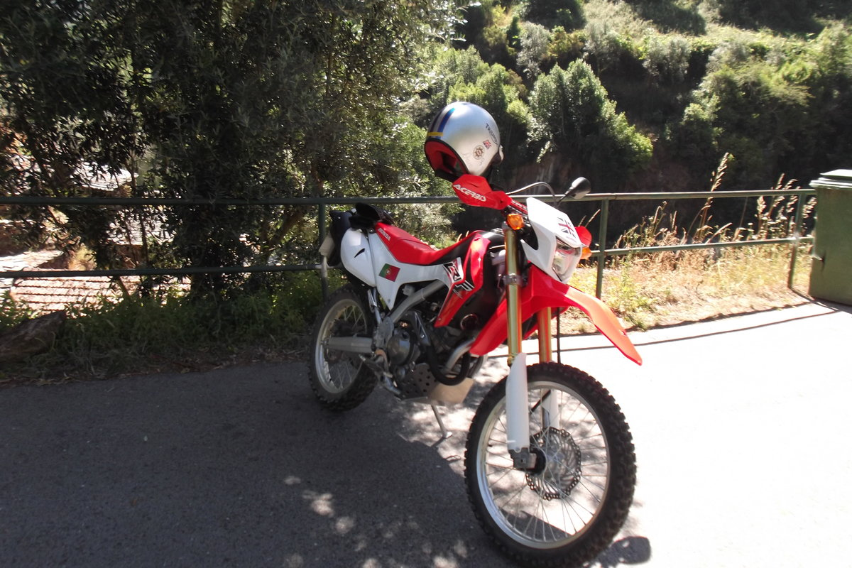 2016 honda trail bike For Sale (picture 2 of 4)