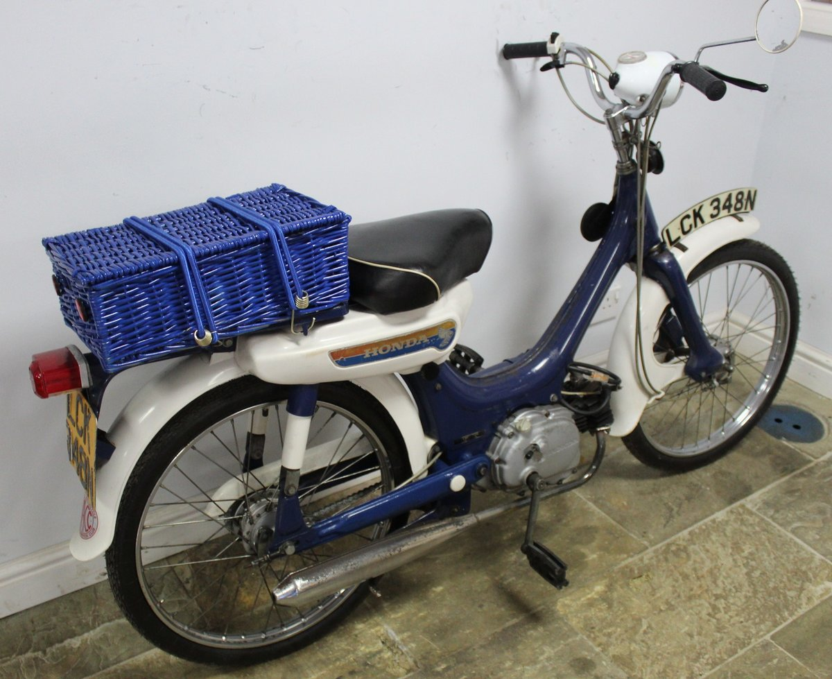 1975 Honda PC50 Moped presented in excellent original condit SOLD (picture 2 of 6)