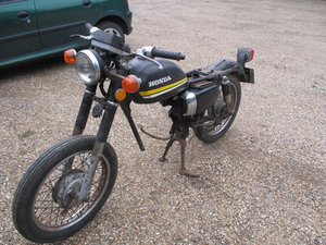 1978 Honda CD185T Benly Project/Barn Find/Spares 1979  For Sale