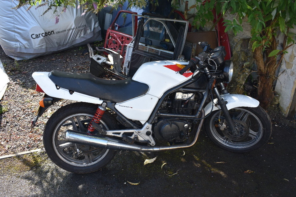 1986 Honda CB 350SG project ideal for café racer 05/10/2019 SOLD (picture 3 of 6)