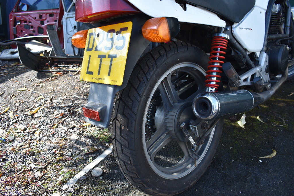 1986 Honda CB 350SG project ideal for café racer 05/10/2019 SOLD (picture 5 of 6)