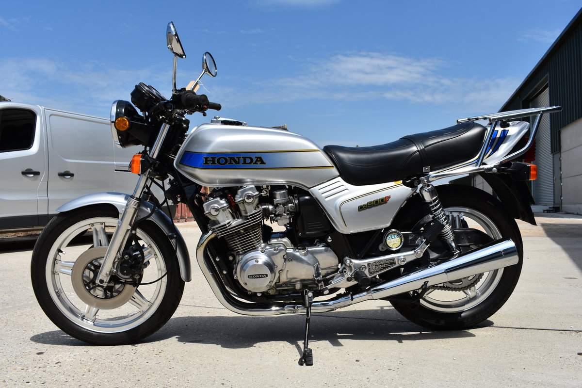 1982 HONDA CB900F IN TOTALLY STUNNING CONDITION For Sale (picture 1 of 6)