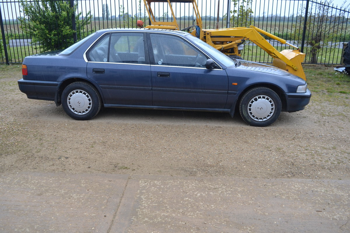 Honda Accord Automatic low miles Aircon 1990 MOTed For Sale (picture 3 of 6)