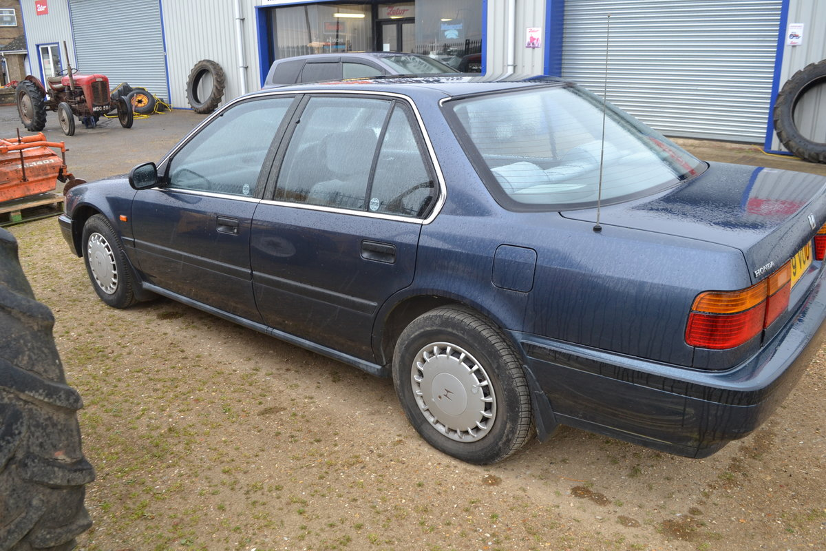 Honda Accord Automatic low miles Aircon 1990 MOTed For Sale (picture 5 of 6)