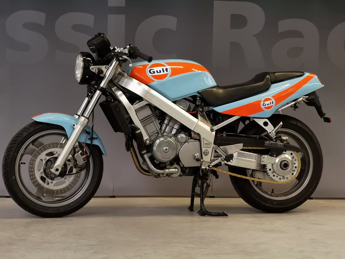 1991 Honda Hawk NT 650 GT Gulf Design, like new, for sale For Sale (picture 3 of 6)