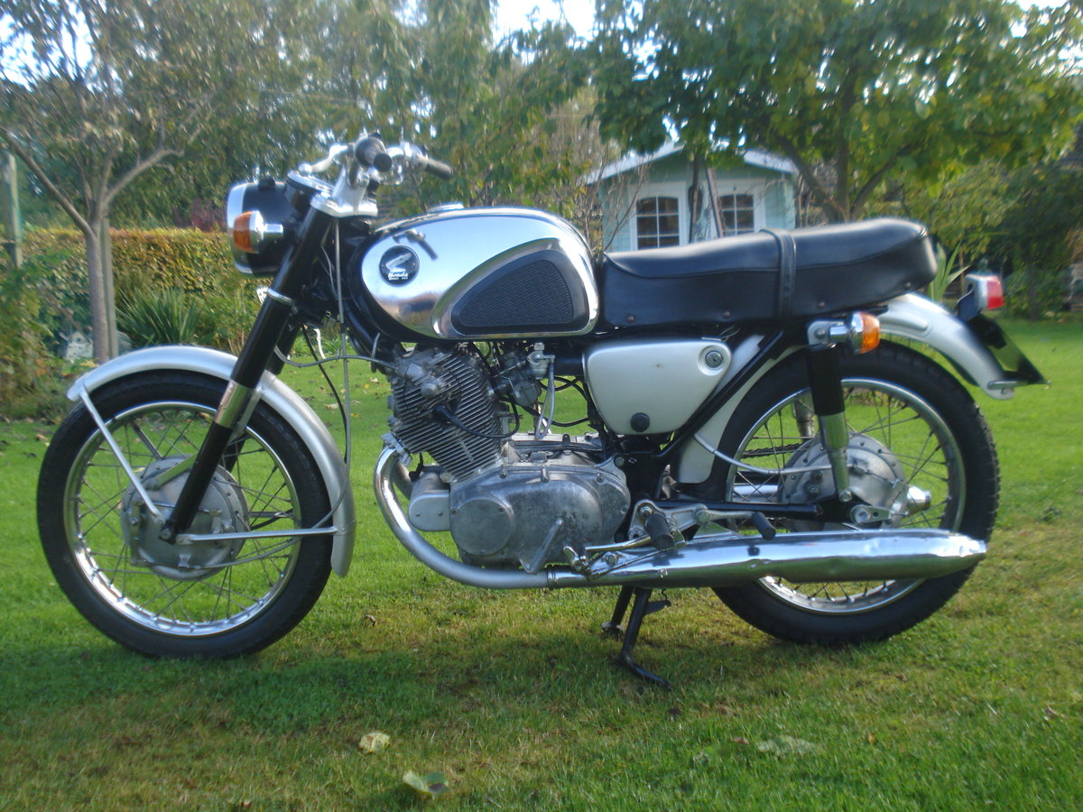 1963 Honda cb 72  250 classic restoration project SOLD (picture 1 of 5)
