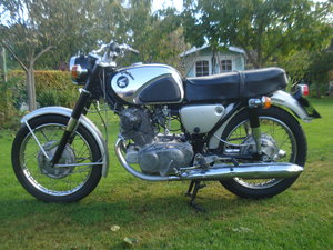 1963 Honda cb 72  250 classic restoration project For Sale