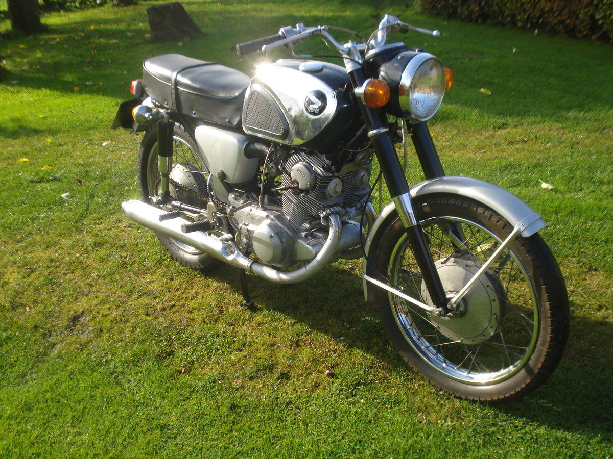 1963 Honda cb 72  250 classic restoration project SOLD (picture 5 of 5)