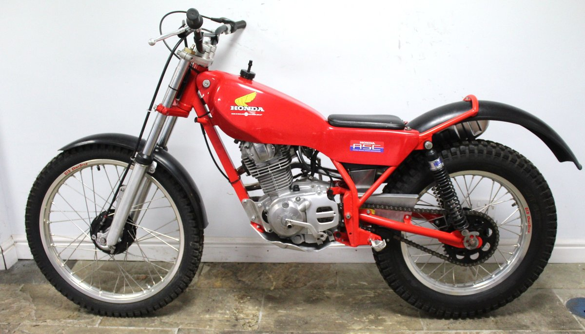 1982 Honda Seeley 200 RSC Twin Shock Trials Bike  SOLD (picture 4 of 6)