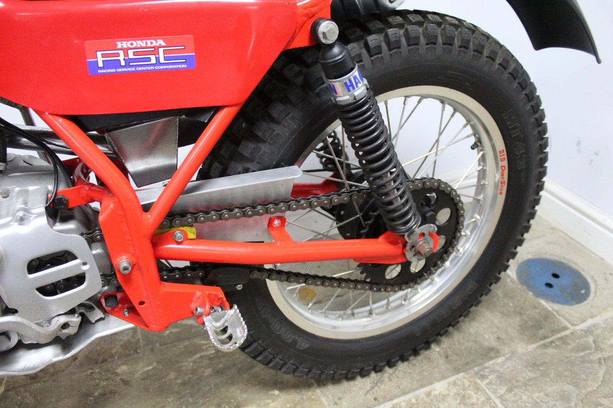 1982 Honda Seeley 200 RSC Twin Shock Trials Bike  SOLD (picture 5 of 6)