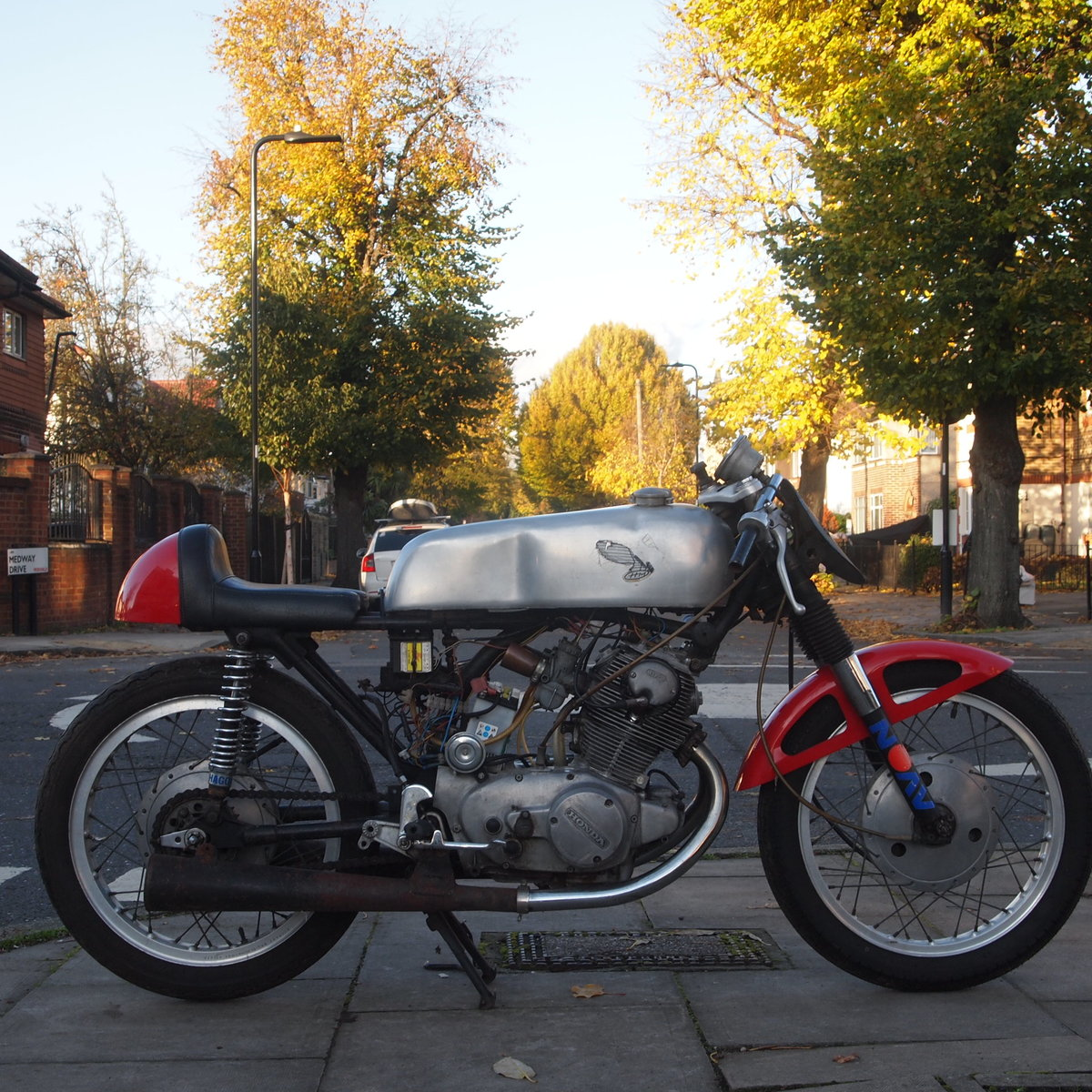 1963 Classic road legal Honda CB77 305cc Cafe Racer. SOLD SOLD (picture 4 of 6)