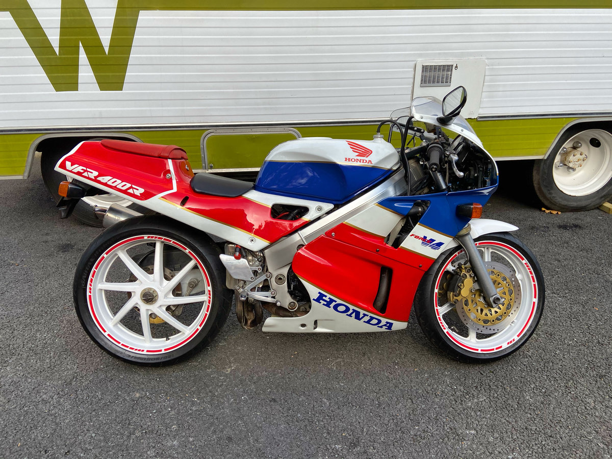 1990 Honda VFR 400 NC 30 - Wonderful Example For Sale (picture 1 of 6)