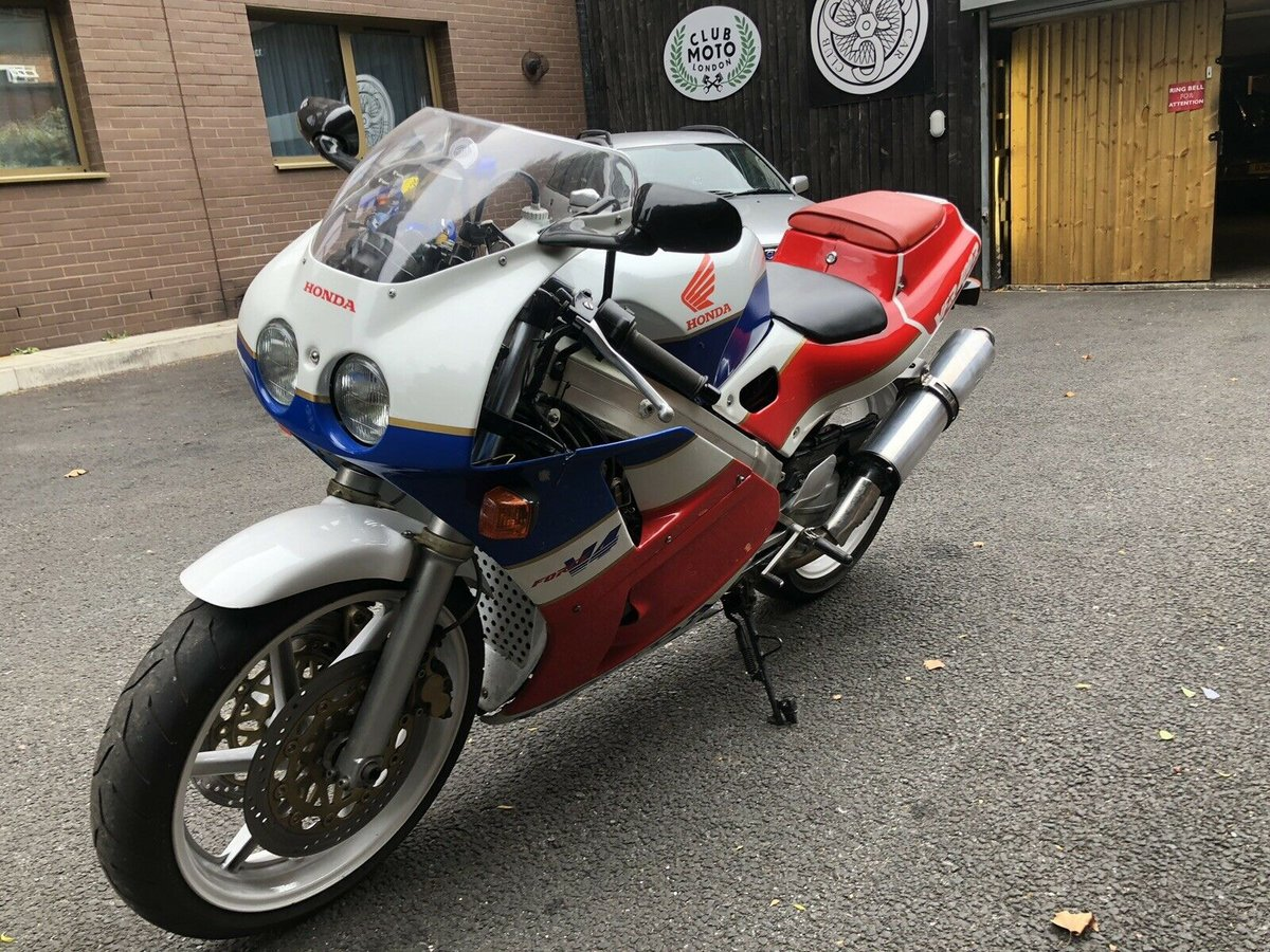 1990 Honda VFR 400 NC 30 - Wonderful Example For Sale (picture 6 of 6)