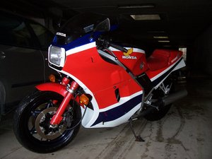 1984 HONDA VF 1000R  For Sale