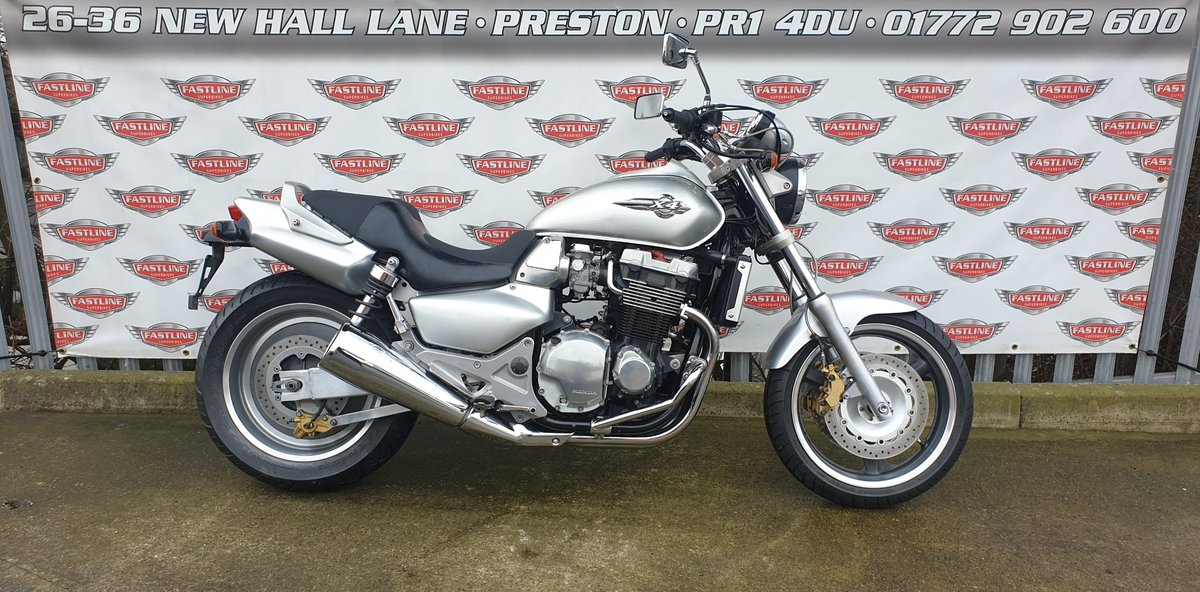 2000 Honda CB1300 X4 Muscle Roadster Naked For Sale (picture 1 of 6)