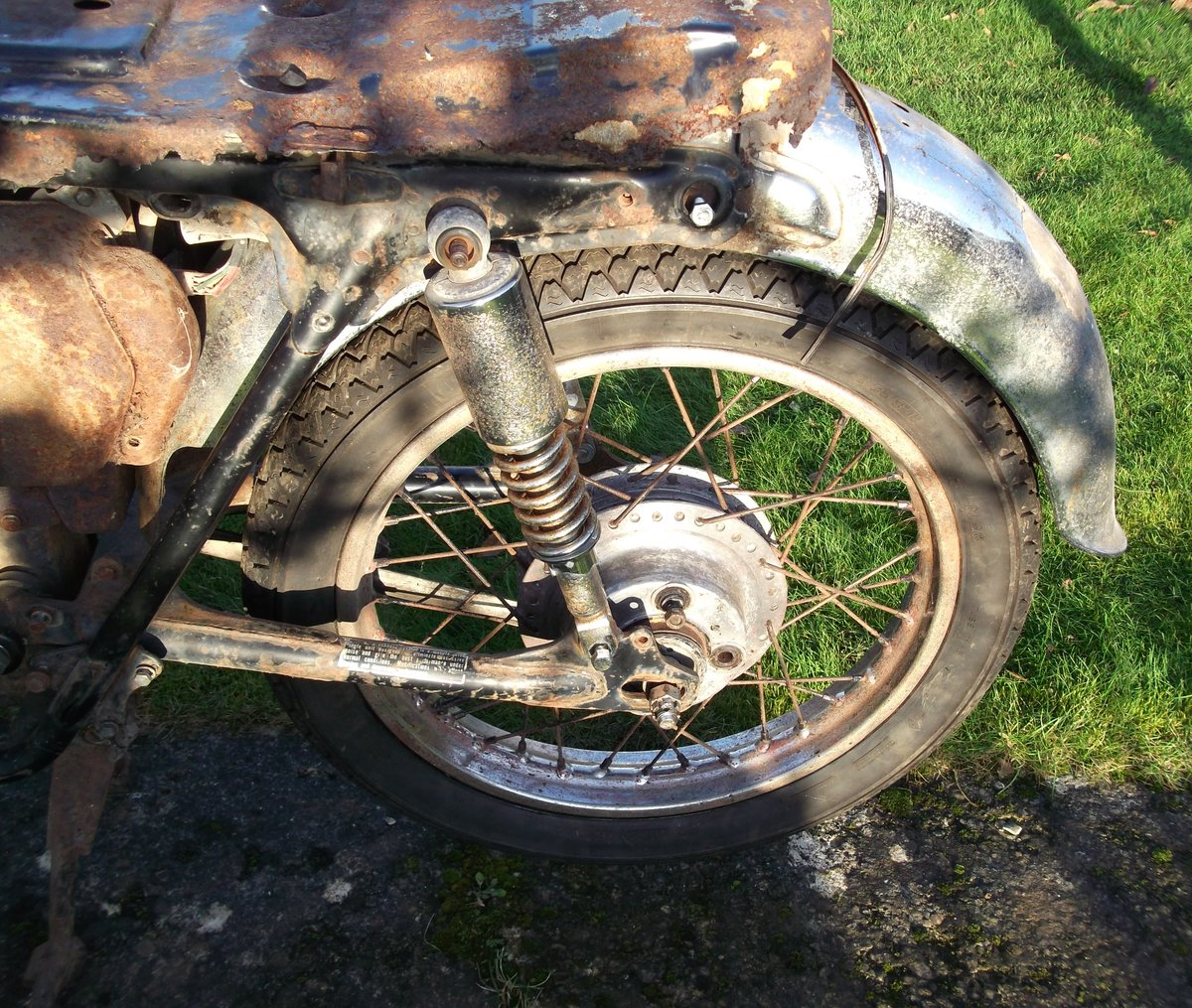 1971 Honda CB350 k4 Project - spares repairs Barn For Sale (picture 3 of 6)