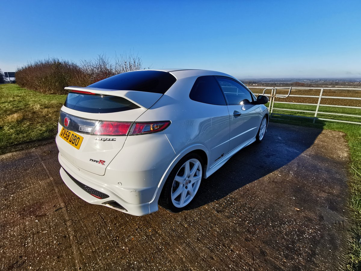 2008 Honda Civic Type R Championship White For Sale (picture 3 of 5)