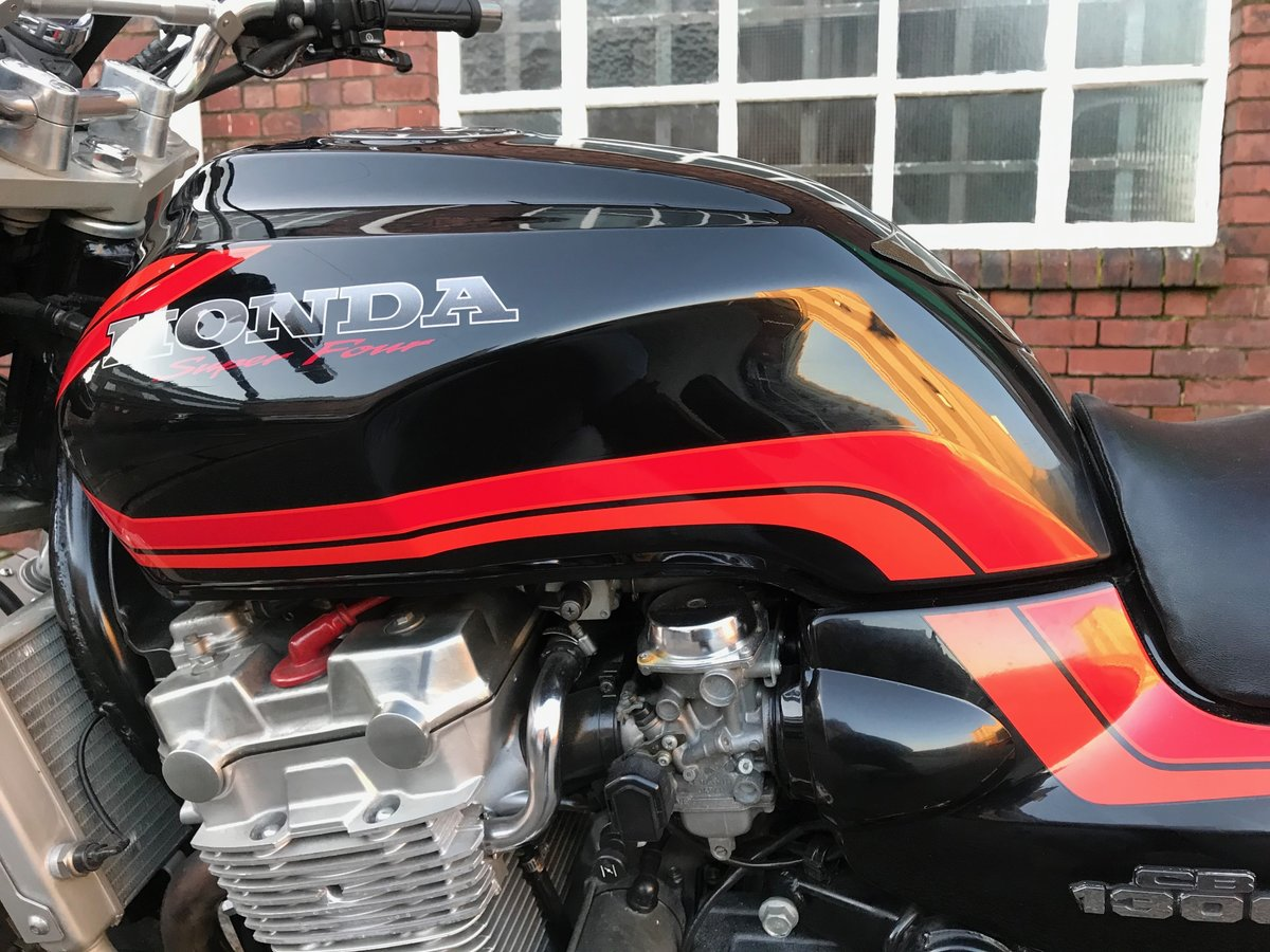 Year 2000 CB1300SF in black and orange For Sale (picture 6 of 6)