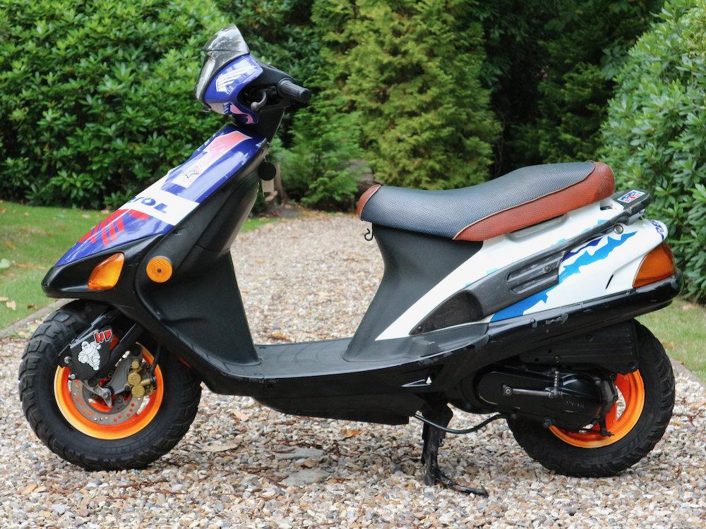 Mick Doohan's Paddock Bike 1995 For Sale (picture 2 of 6)