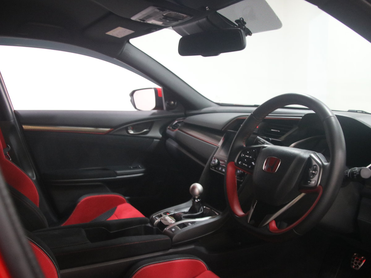Honda Civic 2.0 VTEC Turbo Type R GT 5dr 2017(67) For Sale (picture 5 of 6)