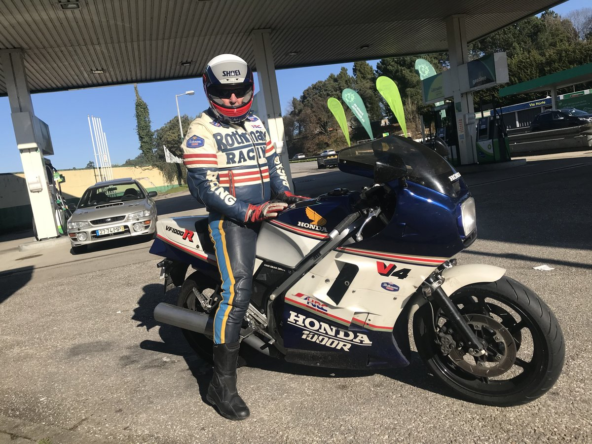 1987 Honda VF1000R  Rothmans Edition For Sale (picture 6 of 6)